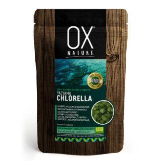 Yaeyama Chlorella 300 tabletas (200 mg) 100% biomasa de Yaeyama Chlorella (99,5%), Fosfato Tricálcico (0,5%) ALIMENTO ALCALINO & REGENERADOR ; ALTO CONTENIDO DE VITAMINA A & VITAMINA B12 ; CONTIENE CAROTENOIDES & COMPUESTOS BIOACTIVOS, LUTEÍNA, ZEAXANTINA, CLOROFILA & FACTOR DE CRECIMIENTO CHLORELLA ; ALTO CONTENIDO DE VITAMINA K - COAGULACIÓN SANGUÍNEA - ; ALTO CONTENIDO DE ÁCIDO FÓLICO - SALUD CELULAR