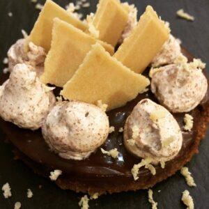Receta de texturas de chocolate, mousse, crema, tabletas y biscocho