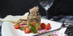 Tartar de quinoa y salmon